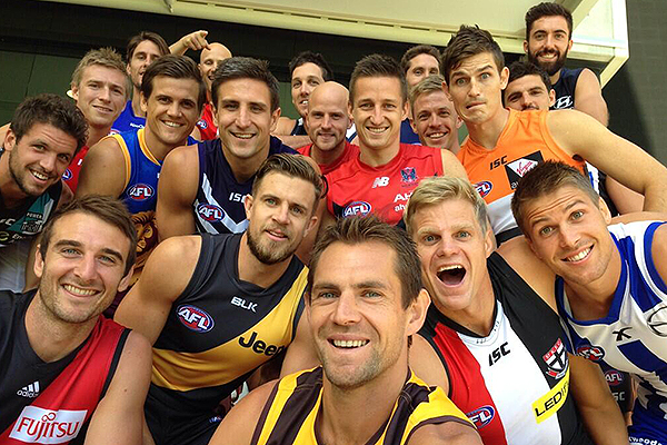 afl_captains_selfie_600x400